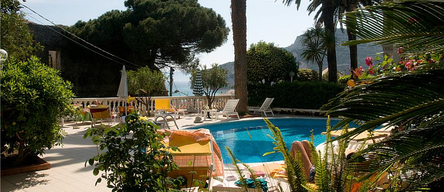 04-2014-piscina5.jpg